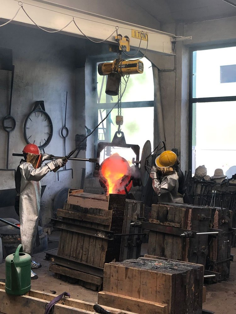 Sand casting at Pettersson Foundry, Stockholm by Johan Pettersson and Mark Sweeney