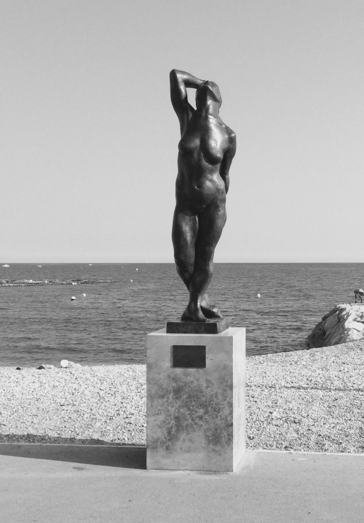 I love the Clouds - H. 210 cm, bronze (public collection Cagnes-sur Mer, France)